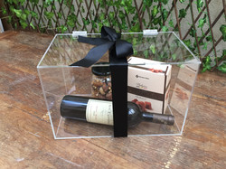 queijos com vinhos na caixa