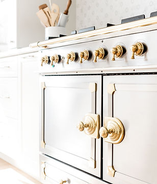 haute-stock-photography-coastal-kitchen-