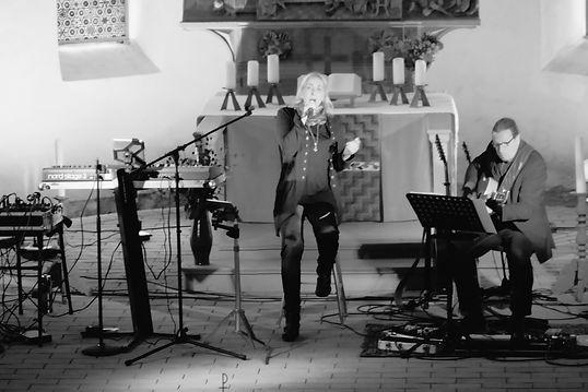ELoA in Concert, Sarah Connor Cover in Wiesenburg.jpg