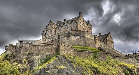 scotland-edinburg-castle-01-haunted-jour