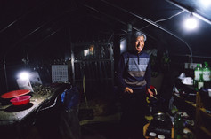 On the farm with Kim Yoo Jin's father in Saechon