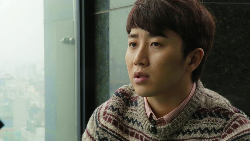 """Hong Jin-Ho """"Yellow"""""""