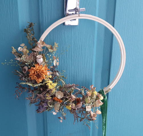 Simply Autumn Dried Wreath Large.jpg