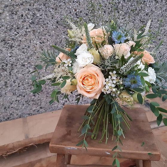 Late summer bridal bouquet