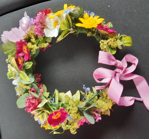Flower_crown.jpg