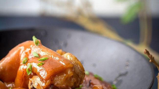 Trotters   Mangalitsa Pork