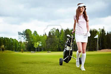 11622920-a-pretty-woman-golfer-on-the-pu