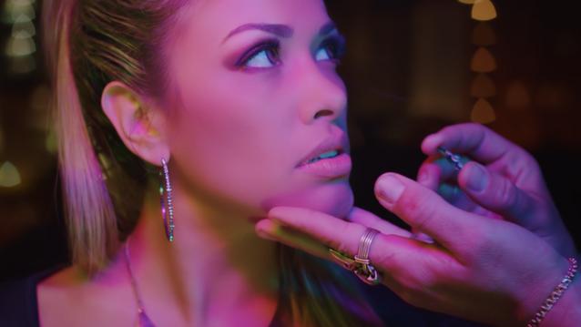 Your Kiss - DJ Head Feat. Nikki Valentine
