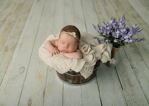Babyfotografin, Babybauchfotografin, Familienfotografin Vorarlberg, Fotografin Dornbirn, Schwangerschaftsfotografie, Neugeborenfotografin, Fotografin Vorarlberg, Fotograf Dornbirn, Babyfotografin Dornbirn, Babyfotografin Vorarlberg, Newbornfotografin, Newbornfoto, Newbornshooting