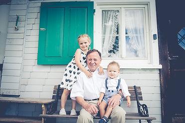 Babyfotografin, Babybauchfotografin, Familienfotografin Vorarlberg, Fotografin Dornbirn, Schwangerschaftsfotografie, Neugeborenfotografin, Fotografin Vorarlberg, Fotograf Dornbirn, Babyfotografin Dornbirn, Babyfotografin Vorarlberg, Newbornfotografin, Newbornfoto, Newbornshooting, Fotograf Babys, Desiree Kreil, Kreil Fotos