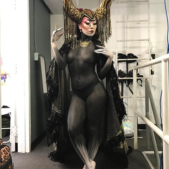 BodyPaint for Rabbit in the Moon