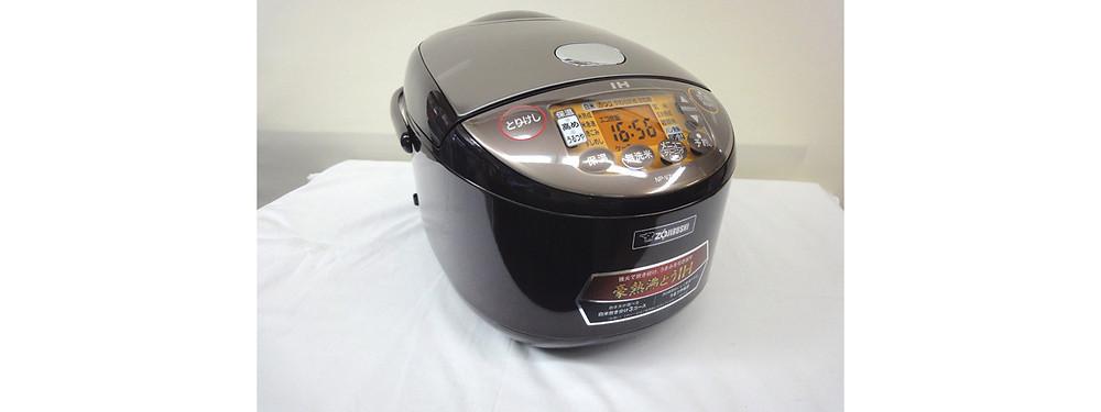 ※おかげさまで販売済みとなっております     開封済み・未使用品 象印 IH炊飯ジャー 極め炊き NP-VZ18-TA ブラウン 1升炊き 10合 2020年製