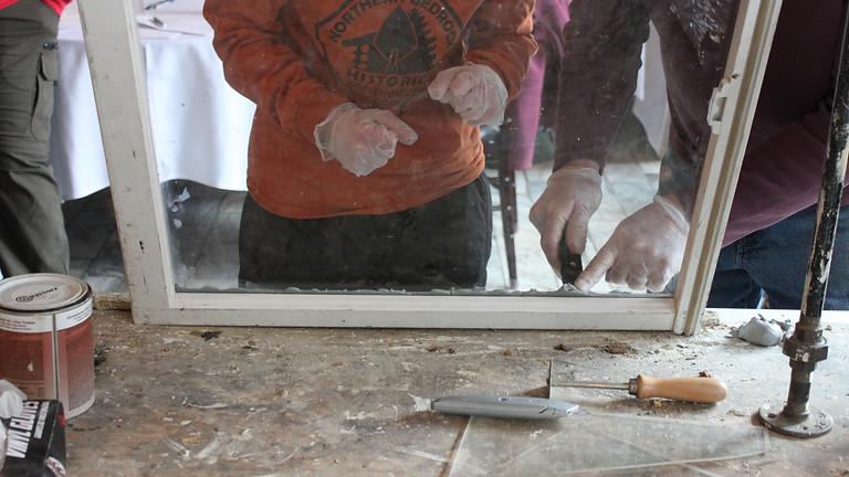 Repairing and Restoring Old Windows (Minneapolis)