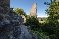 Vue duChâteau des Trois Châteaux, au dessus du village de Wettolsheim Reproduction interdite - 2020