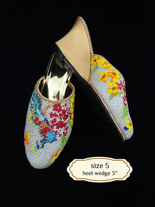 Covered Peacock on White Beaded Shoe. size 5 or Eur 35