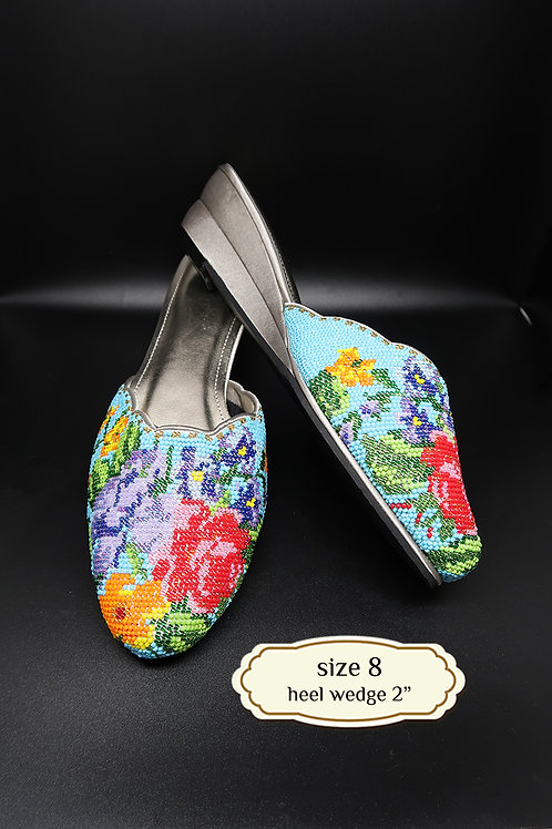 Covered Roses on Turquoise Beaded Shoe. size 8 / Eur 38 / 25.5cm