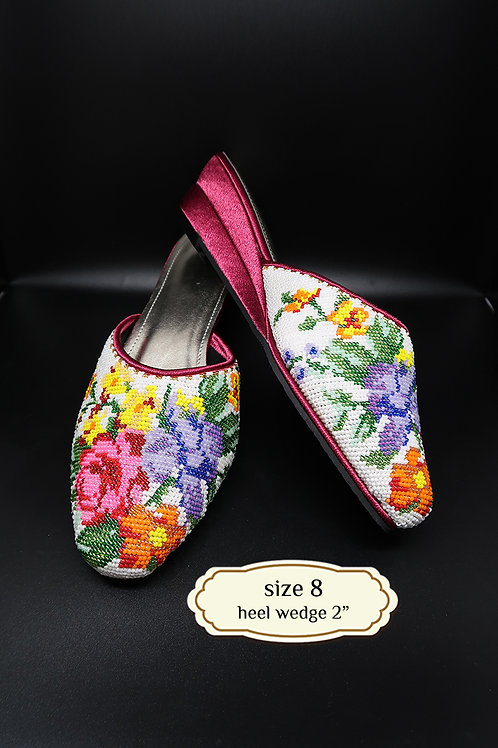 Covered Colorful Flower on White Beaded Shoe. size 8 / Eur 38 / 25.5cm