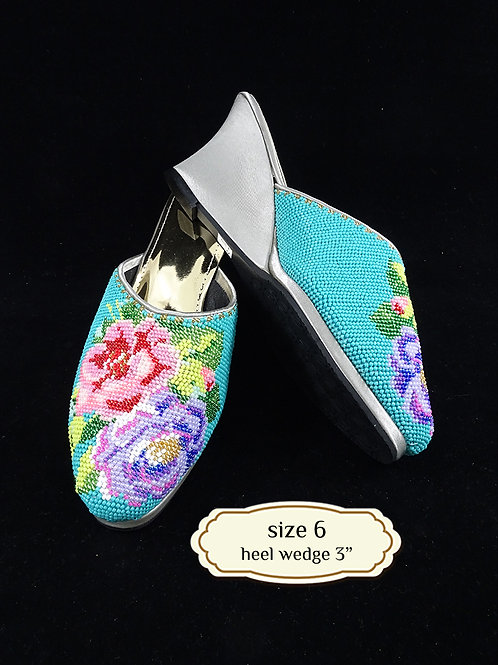Covered Flower on Turquoise Beaded Shoe. size 6 or Eur 36
