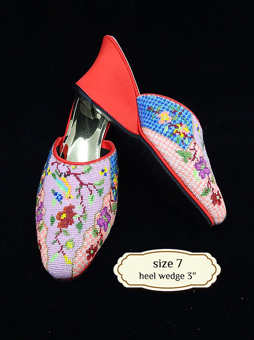 Cover Bird Micro Beaded Shoe. size 7 or 37