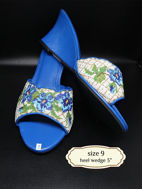 Blue Flower Micro Beaded Shoe. size 9 or 40