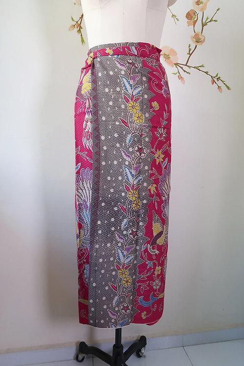 Sarong String: Magenta Peacock Textured material