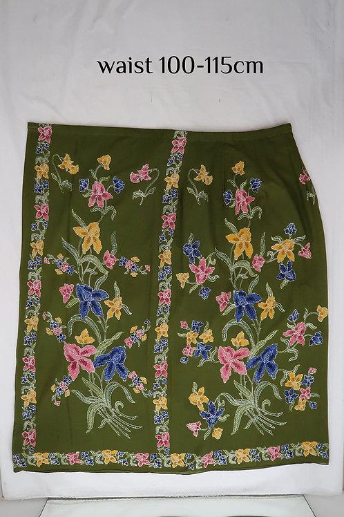 Sarong Skirt Button: Cattleya Orchid on Dark Green