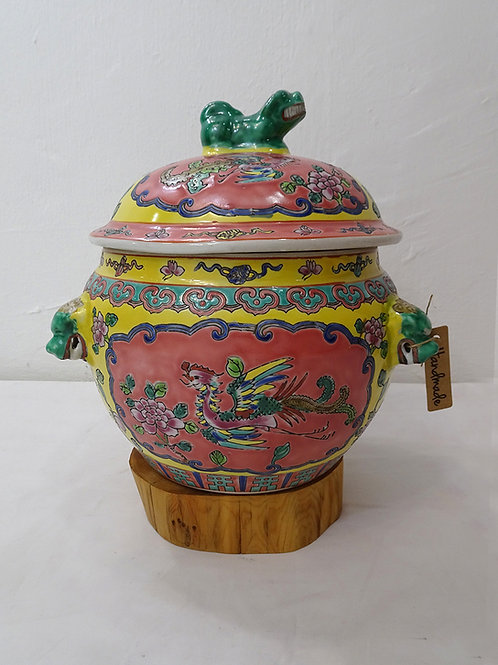 Baba Yellow Kamcheng with Gold Fish, height 9inch / 23cm