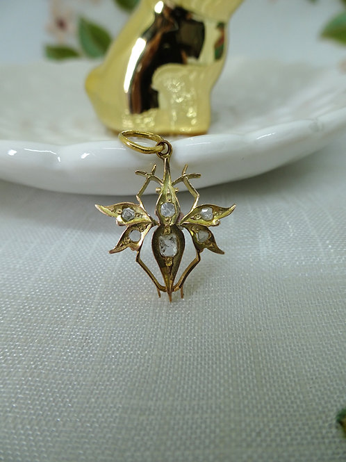 Vintage: Pendant with intan small insect 18k