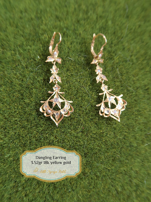 Vintage: Chandelier earring with intan 18k gold