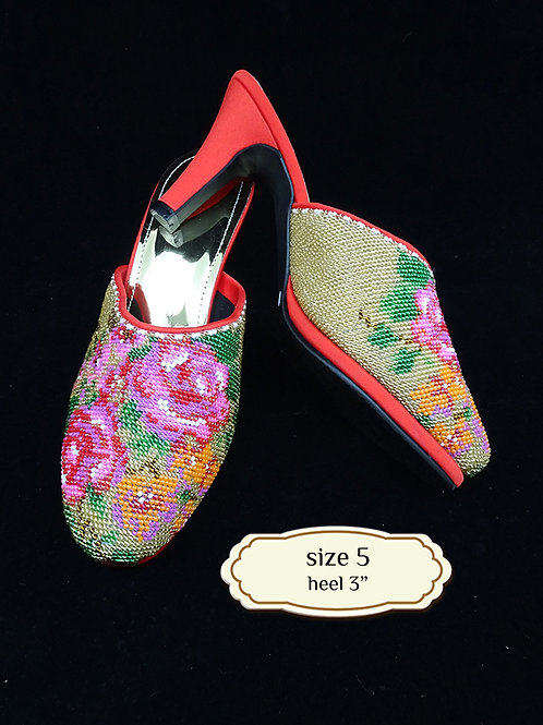 Covered Floral on Gold Beaded Shoe. size 5 or Eur 35