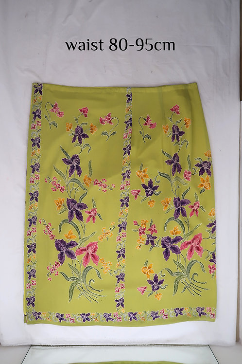 Sarong Skirt Button: Cattleya Orchid on Lime green