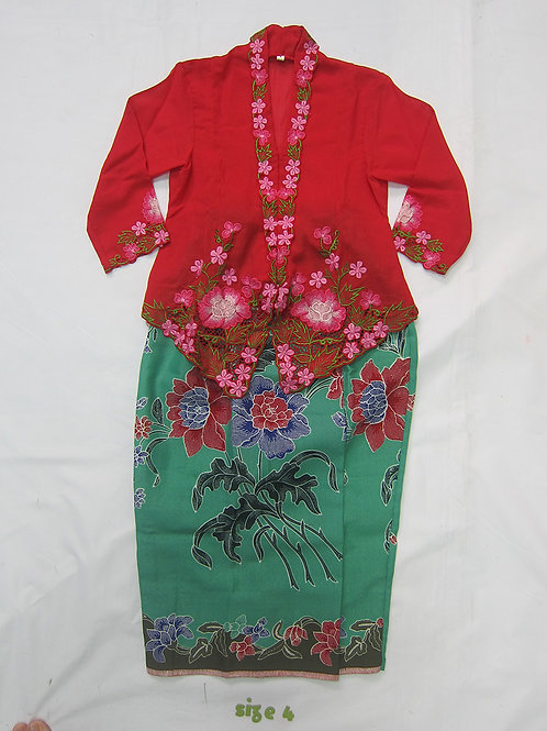 size 4 (4 yo). Red Flower on red kebaya