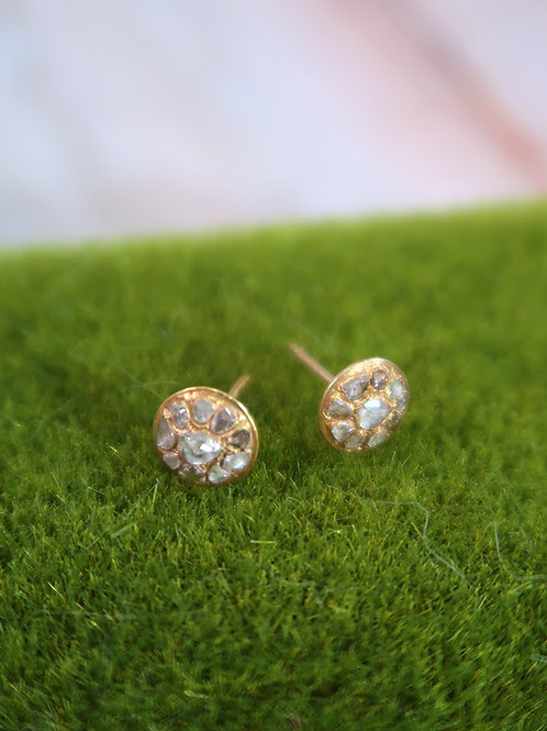 Vintage: Round gold ear studs with intan in 750 gold