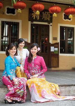 nyonya kebaya batik sarong singapore