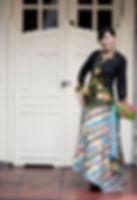 peranakan batik sarong hand drawn nyonya nonya Lim Ping Wie parang singapore
