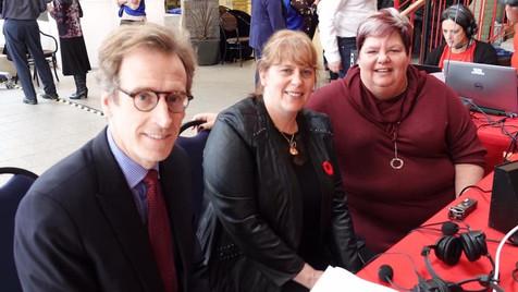 Photo prise par Radio Canada : Guillaume Tardif, Chantal Marie et Sylvie Thériault.