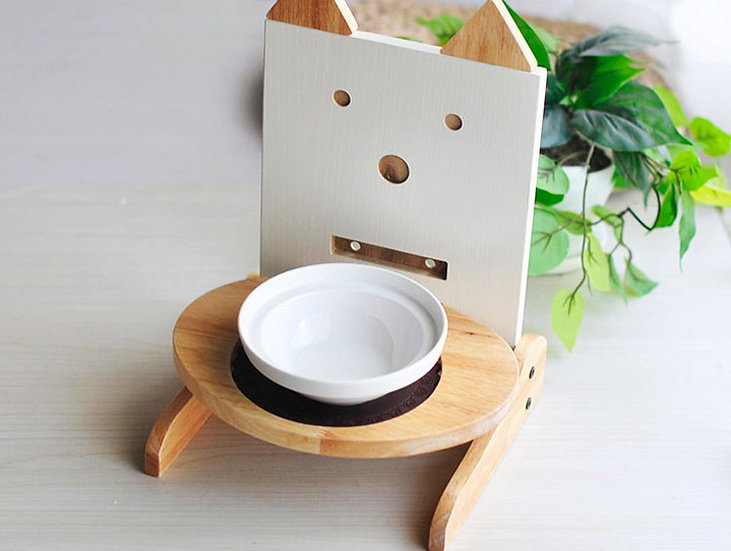Exquisite Design of Bamboo Pet Bowl Holder