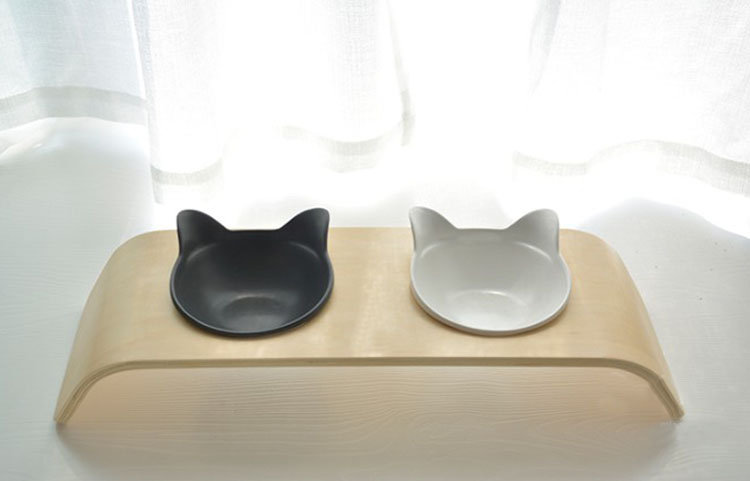Solid Wood Frame and Two Ceramic Pet Bowl