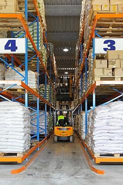 ココナッツオイル倉庫