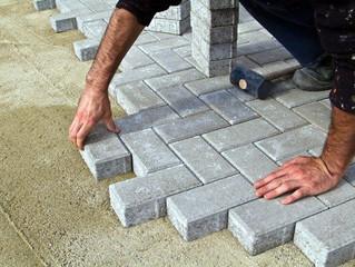 Yang Harus Diperhatikan saat Memasang Paving Block