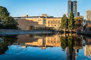 Australian-Museum-exterior-cAbram-Powell
