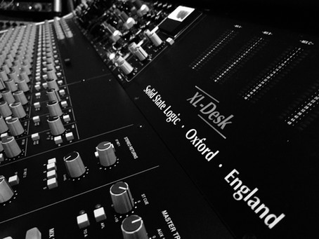 Cinco motivos para gravar sua música em um estúdio profissional