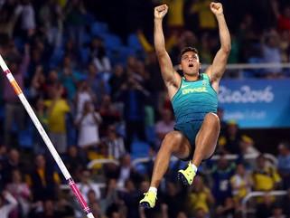 Thiago Braz é ouro no salto com vara e quebra o recorde Olímpico