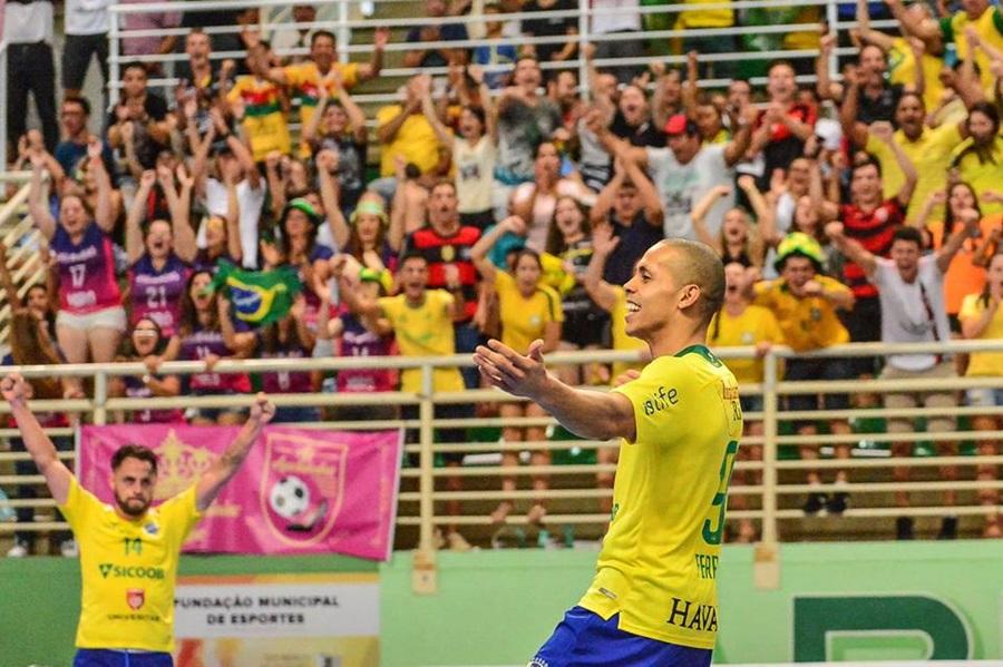 Definidos os primeiros amistosos da Seleção Brasileira de Futsal ... 3845592f761ad