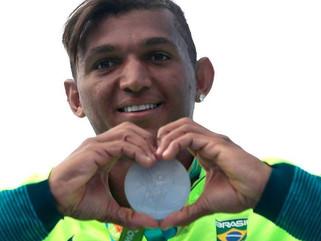 Isaquias Queiroz conquista a segunda medalha nos Jogos Olímpicos Rio 2016