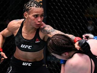 Amanda Lemos impõe seu jogo contra Mizuki Inoue e vence japonesa no UFC Las Vegas 7