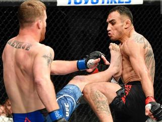 Justin Gaethje vence Tony Ferguson e conquista cinturão interino dos leves no UFC 249