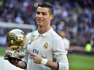 Zidane liga para Cristiano Ronaldo e pede para ele ficar no Real Madrid