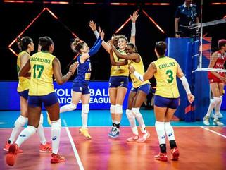 Brasil vence Turquia e encerra fase classificatória em segundo