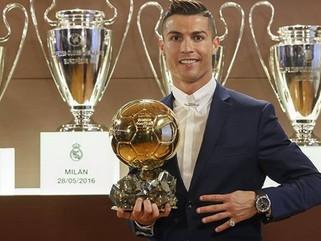 """Cristiano Ronaldo se sente """"abençoado"""" e espera manter nível por muitos anos"""